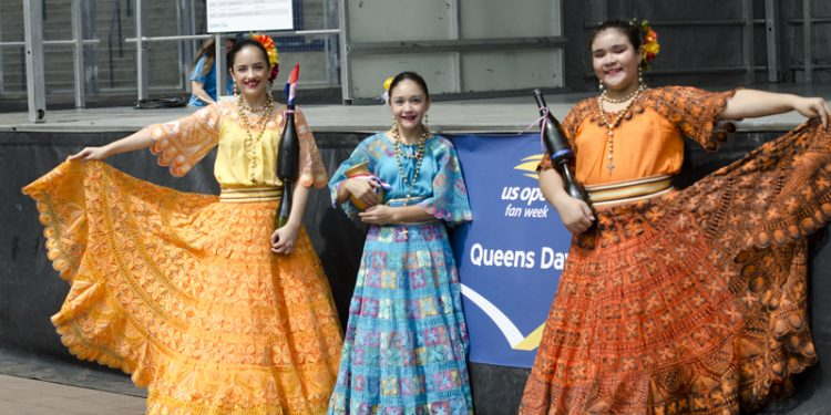 Paraguay-dancers_Queens_Day-750x375 US Open busca estrellas hispanas