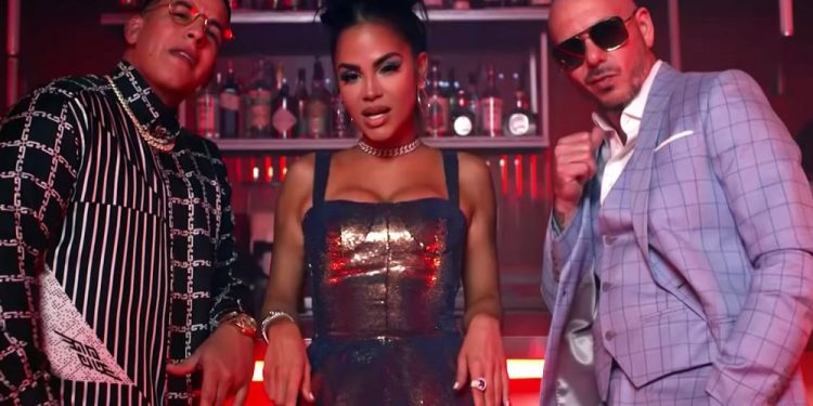 Pitbull-Daddy-Yankee-Natti-Natasha-Bring-Back-a-90s-Classic-With-No-Lo-Trates-Collaboration-Watch