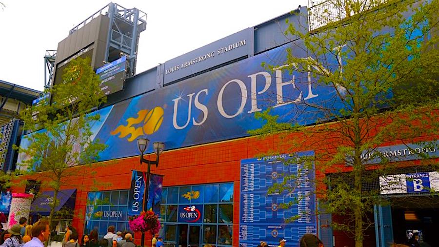 Statue_tennis El US Open en sintonía con la comunidad