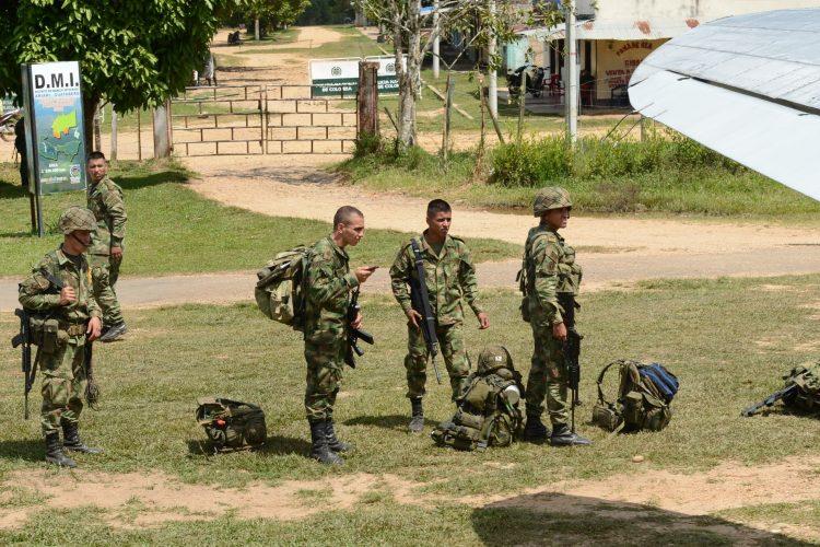 El pasado 15 de mayo, los equipos negociadores del Gobierno colombiano y las Fuerzas Armadas Revolucionarias de Colombia (FARC) lograron un pacto para sacar a todos los menores de las filas. (Dreamstime)