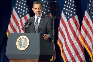 """Obama mostró su compromiso al asegurar que ambos """"sientan las bases para que el próximo Gobierno de EEUU se encuentre una relación (con China) que tenga una estructura fuerte y productiva""""."""