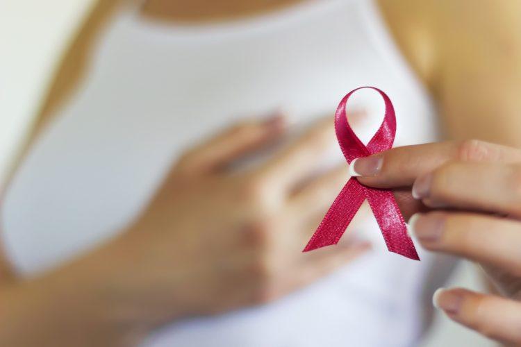 La incidencia general de cáncer de seno entre las mujeres latinas en EE.UU. es del 1,03 %, mientras que la de la población femenina en general es del 1,25 % y la de las blancas no hispanas del 1,32. (Dreamstime)
