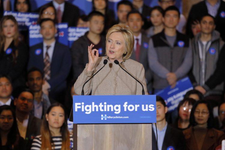 La ventaja de Clinton se amplía a seis puntos, frente al 43 % de Trump, si se pregunta a votantes registrados, que en la semana previa daban a la demócrata cuatro puntos de ventaja sobre el magnate neoyorquino. (Dreamstime)