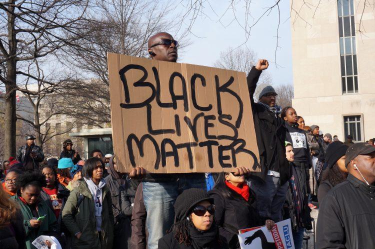 El movimiento Black Lives Matter cada vez cobra más fuerza en los Estados Unidos. (Foto Dreamstime)