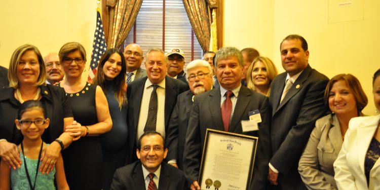 DSC_5548-1-750x375 El Senado de Nueva Jersey reconoce la labor de los periodistas hispanos