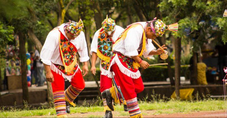 Estadísticas oficiales de Denver, en la capital de Colorado y áreas vecinas viven los descendientes de unas cien tribus indígenas, especialmente los descendientes de las tribus arapaho y cheyenne. (Dreasmtime)