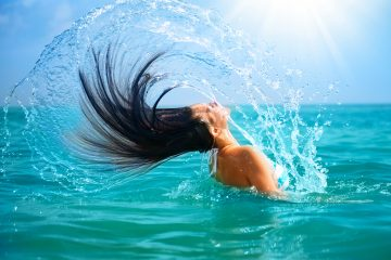 Al igual que el aceite de pescado, los frutos secos tienen una gran cantidad de ácidos grasos omega-3, los cuales estimulan el crecimiento del cabello. (Dreasmtime)