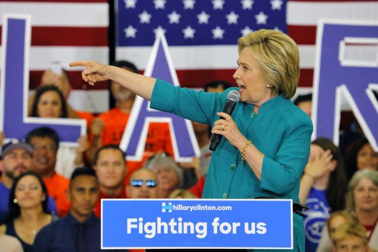 Clinton invertirá así más de dos millones de dólares en Arizona y desplegará a su batería de pesos pesados, empezando por la primera dama, Michelle Obama, quien acudirá a Phoenix para apoyar la candidatura demócrata. (Dreamstime)