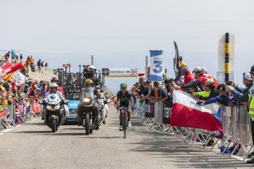 Nairo, ganador del Giro de Italia en 2014 y segundo en el Tour en 2013 y 2015, ha afirmado que es compatible disputar la vuelta italiana y la francesa, y disputar el primer puesto del Tour. (Dreamstime)