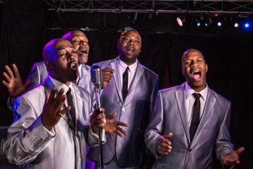 The tee tones, un grupo a capella doo-wop de soul que se presenta en la terraza del Gotham Groove. (Cortesía)