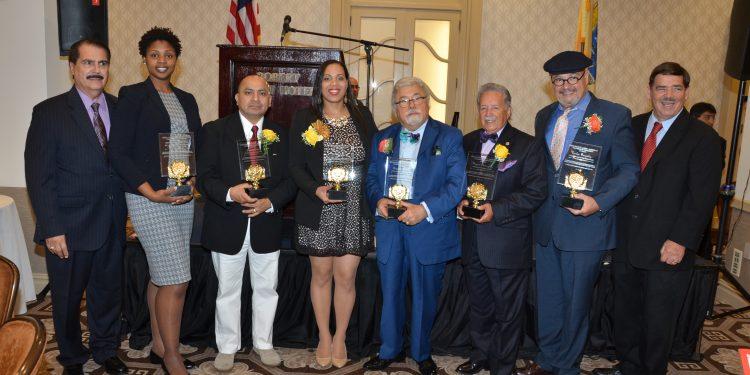 Todos-los-Honrrados-750x375 Almuerzo Anual de La Cámara de Comercio Latino-Americana del Condado de Essex