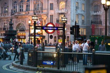 Unas 100.000 personas utilizaron este servicio solo durante el primer fin de semana de funcionamiento, según lo datos que proporcionó la empresa Transport For London (TFL). (Dreamstime)
