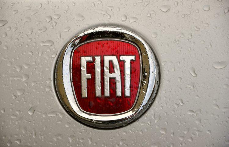 """""""Con Amazon abrimos una ventana a un nuevo horizonte, comienza una revolución en el modo de elegir un automóvil Fiat"""", afirmó el responsable de FCA para el mercado italiano, Gianluca Italia, según los medios locales. (Dreamstime)"""