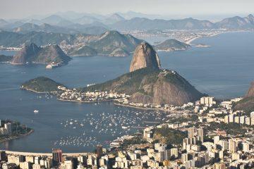 Pese a que la protesta se desarrollaba sin incidentes, pese a que los indios, pertenecientes a diversas etnias, impedían tanto la salida como la entrada a la sede del Gobierno brasileño.  (Dreamstime)