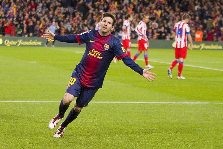 Messi, que ayer sufrió golpes en el partido contra la Real, no parece que vaya a tener ningún inconveniente para estar en el Camp Nou el sábado contra el Real Madrid. (Dreamstime)