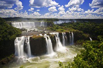 Uno de los puentes, sobre el río Pilcomayo, conectaría la localidad paraguaya de Puerto Falcón, próxima a Asunción, con Argentina, y el otro cruzaría el río Paraguay, conectando el departamento paraguayo de Ñeembucú (sur) con el argentino de Formosa. (Dreamstime)