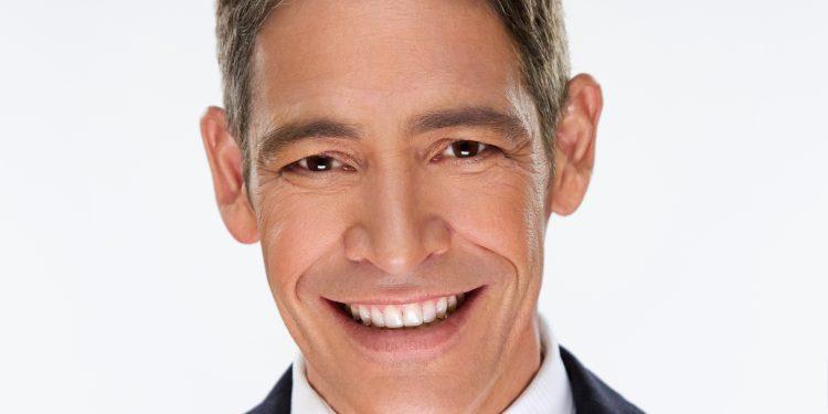 """Antes de unirse al grupo de presentadores del programa matutino en agosto del 2012, Lozada fue reportero y comentarista de """"Sal y Pimienta"""" (Univision)"""