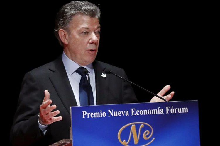 En su primer acto en Italia, Santos se reunió en privado con 20 presidentes y consejeros delegados de las principales empresas del país, como Telecom, Impregilo o Enel, y después celebró un almuerzo con empresarios e inversionistas a quienes dirigió un discurso. (Dreamstime)