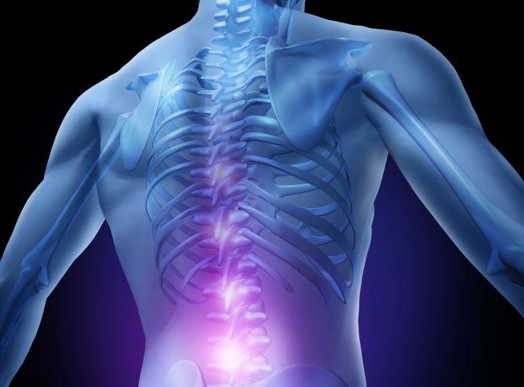 Las lesiones en esa área -detalló Lu- son muy delicadas, pues generalmente producen la pérdida de movimiento en las cuatro extremidades. (Dreamstime)