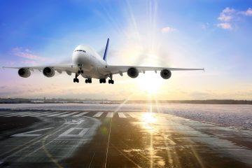 Las autoridades paquistaníes reconocieron hoy que hay pocas posibilidades de encontrar supervivientes entre los restos de un avión de la compañía PIA que se estrelló hoy en el norte de Pakistán con 48 pasajeros a bordo. (Dreamstime)