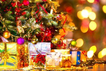 El árbol de navidad es la tradición de las fiestas. (Dreamstime)