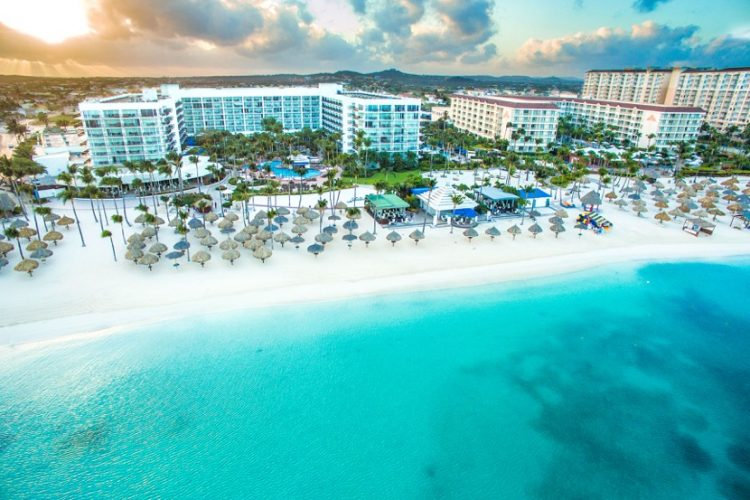 Aruba Marriott resort (Dreamstime)