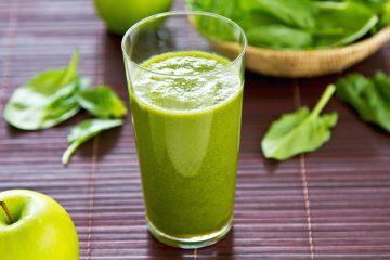 El color verde intenso que poseen las espinacas o las acelgas nos indica que contienen provitamina A y, sobre todo, una buena cantidad de ácido fólico.  (Dreamstime)