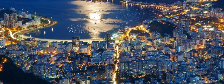 La implementación de este ambicioso plan, que fue presentado este jueves y detallado hoy, comenzará a partir de febrero en las ciudades de Porto Alegre, Natal y Aracajú y posteriormente se irá ampliando al resto del país, anunció el ministro. (Dreamstime)