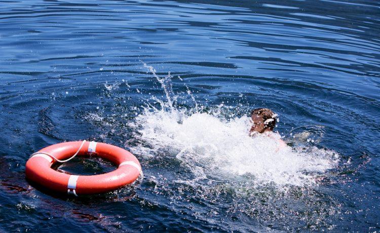 """La reacción de la Armada evitó que la motonave """"Catalina de Indias III"""" sufriera un accidente similar al ocurrido el pasado 20 de diciembre, cuando una turista ecuatoriana desapareció en el mar luego de que una embarcación con 40 turistas a bordo se hundió en esta misma zona. (Dreamstime)"""