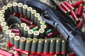 El martes pasado, un niño de 13 años fue sorprendido en su escuela secundaria de la delegación capitalina de Azcapotzalco portando un arma deportiva, por lo que la directora del centro interpuso una denuncia ante la fiscalía de la ciudad. (Dreamstime)