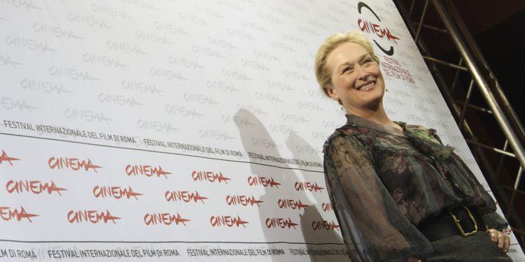El discurso de Streep en la gala de los Globos de Oro causó furor en las redes sociales por su defensa de los extranjeros y su rechazo a la violencia.