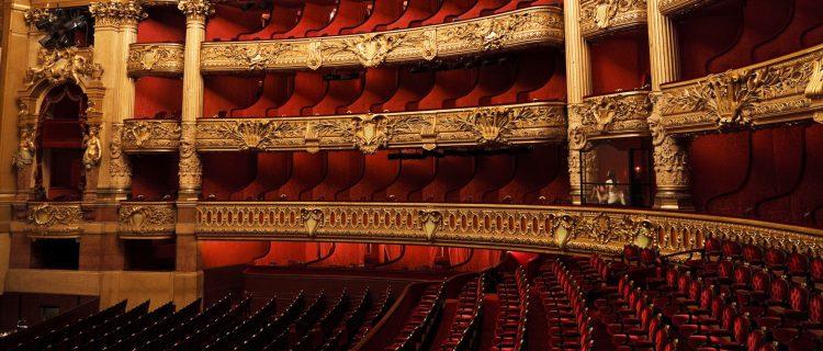 Un total de 610.516 personas asistieron a algunas de las 394 funciones, ópera, ballet o conciertos, que se representaron la temporada pasada. (Dreamstime)