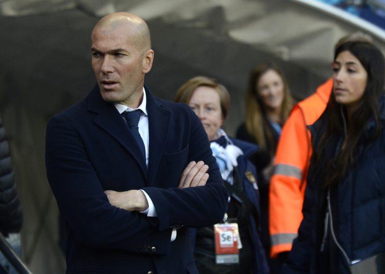 """Zidane prefiere no pensar en la opción de ser el primer equipo el Real Madrid que conquista dos ediciones de la Liga de Campeones consecutivas. """"Sabemos la dificultad de esta competición, no por ganar una eliminatoria te va a hacer pensar que puedes ganar el título. Es imposible. Por eso vamos a ir paso a paso. Es un camino duro, largo y estamos en él"""", señaló. (Dreamstime)"""