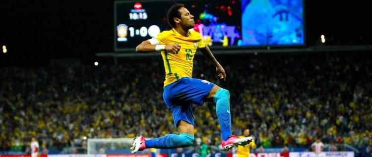 El crack Neymar y la Canarinha con un pie en el Mundial