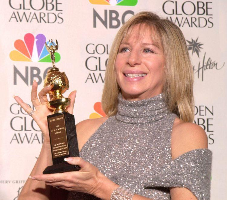 """El musical """"La La Land"""" hizo historia en la 74 edición de los Globos de Oro al convertirse en la película con el mayor número de premios obtenidos, un total de siete, todos a los que aspiraba. (Dreamstime)"""