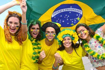 El centrocampista con camiseta cinco denunciará que Brasil es el número 5 en la lista de los países con mayores tasas de feminicidio en el mundo y el portero reserva con camisa doce alertará que las mujeres tan solo representan el 12 % entre los alcaldes del país. (Dreamstime)
