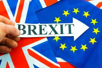 La reacción más festiva por contra fue la de los eurodiputados del Partido de la Independencia del Reino Unido (UKIP) en la Eurocámara, que celebraron con pastel (con velas con el número 50) y cava el inicio del camino que les sacará de la Unión Europea. (Dreamstime)