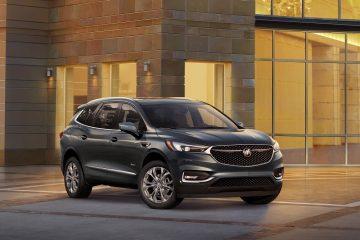 Nuevas proporciones, líneas de cuerpo y acentos se combinan para dar un aspecto atlético que acentúan la rediseñada parte frontal del vehículo y parilla.