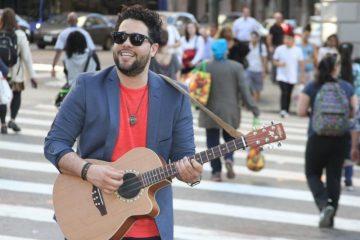 """San Miguel Pérez es más conocido como el """"tresero moderno"""" en su país, Cuba (Mirna Solano Criteria Entertainment   )"""