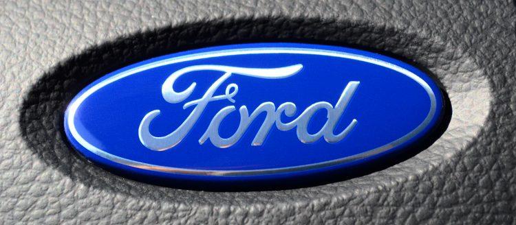 En los tres primeros meses del año, Ford tuvo unos ingresos de 39.146 millones de dólares, 1.428 millones de dólares más que en el mismo periodo de 2016, con la venta de 1.703.000 vehículos, 17.000 menos. (Dreamstime)