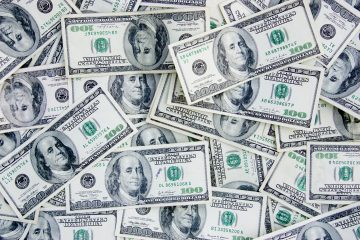 El BCU compró este jueves 70,7 millones de dólares y el día anterior 33,3 millones de dólares. (Dreamstime)