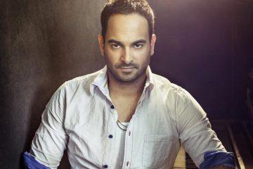 Yoel creó 16 de las canciones que se escucharán durante el transcurso de lo que Telemundo ha catalogado como el primer drama musical en la historia de la televisión hispana (The Dream team Agency)