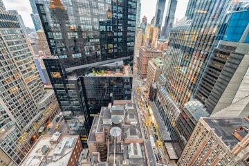 """Doce localizaciones de película, en su mayoría azoteas con vistas a Manhattan, son el reclamo principal de """"Rooftop Films"""" para presentar, un año más, cerca de 50 eventos, entre propuestas de cine independiente, documentales, cortometrajes y actuaciones de música en directo (dreamstime)"""