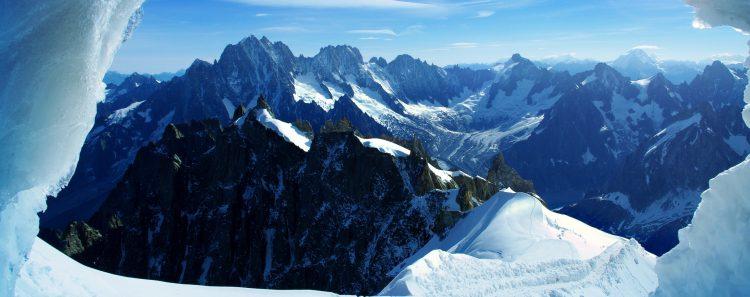 El cuerpo del suizo fue recuperado el pasado 30 de abril a 6.000 metros de altitud por una partida de montañeros experimentados. (Dreamstime)