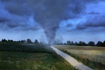 El departamento de bomberos de la zona confirmó las cinco víctimas mortales, incluida una que circulaba en un vehículo que fue lanzado por el tornado cerca de la ciudad de Canton, en el condado de Van Zandt. (Dreamstime)