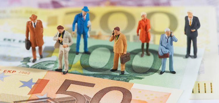 En cuanto a los ingresos personales, que incluyen todo tipo de ingresos además de los salarios, registraron en marzo un incremento del 0,2 %, tras haber avanzado un 0,3 % el mes anterior, de acuerdo con el informe divulgado hoy. (Dreamstime)