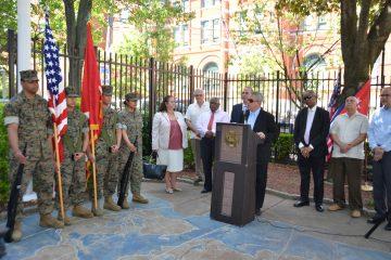 El Comisionado Lucio Fernández dio una emotiva introducción a la actividad.