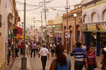 Los famosos comenzaron a alzar sus voces para apoyar a los venezolanos en el contexto de la crisis actual durante la ceremonia de los premios Billboard a la música latina a finales de abril, días después de que Nacho y Chyno, los ex miembros del dúo Chino y Nacho viajaran a la capital venezolana a participar en las protestas (Dreamstime)