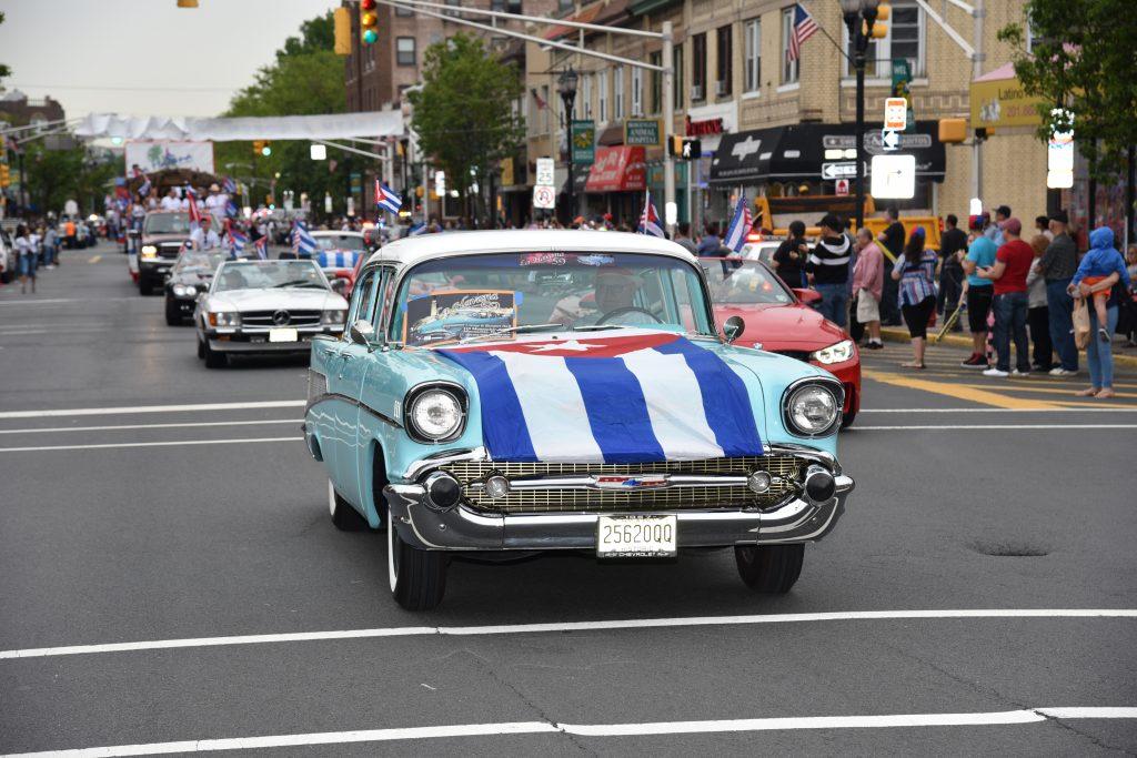 2-1024x683 Desfile Cubano en New Jersey, por todo lo alto