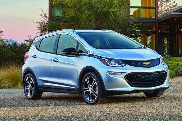 Con un diseño crossover por donde lo mires, el Bolt EV es atractivo por naturaleza: proporciones esculpidas a la perfección y detalles llamativos.  (Cortesía Chevrolet)